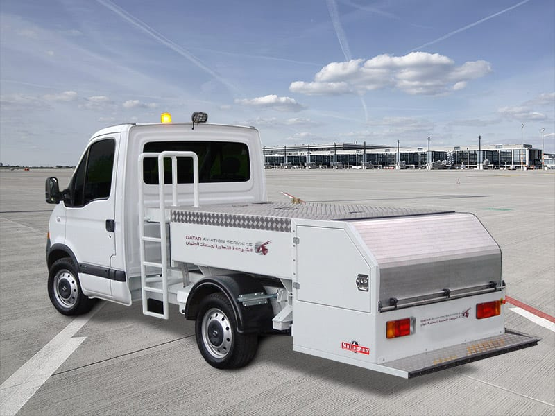 airport water service trucks